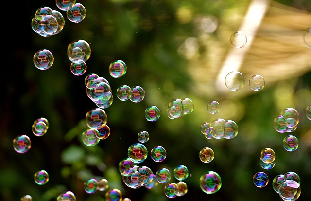 How the Internet Is Loosening Our Grip on the Truth - The Fake bubbles for photography
